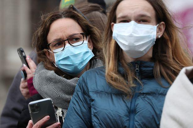 """Koronavírus UK: 2 friss hír a lockdown-ról és a vírus egy lehetséges új """"ellenszeréről"""" 1"""