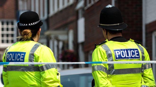Újszülött kisbaba holttestét találták meg az utcán Angiában, Portsmouthban 1
