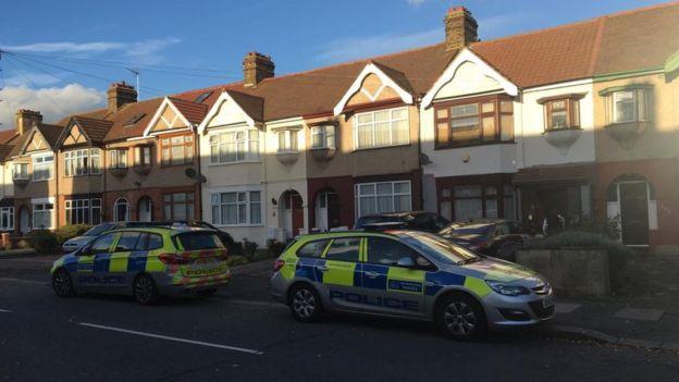 Nyílpuskával lőttek hasba egy terhes anyukát Londonban, saját otthonában 1