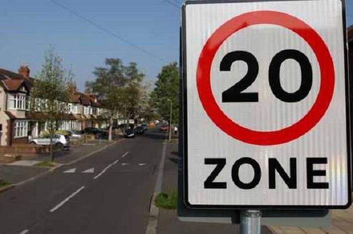 20-speed-limit-874829704