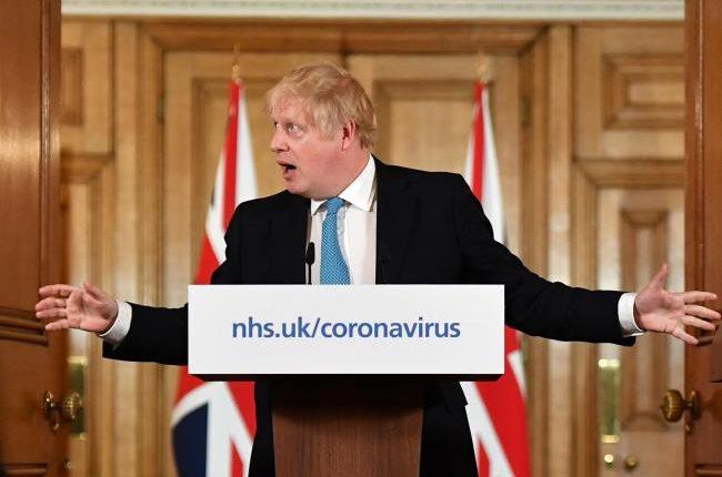 koronavírus brit kormány
