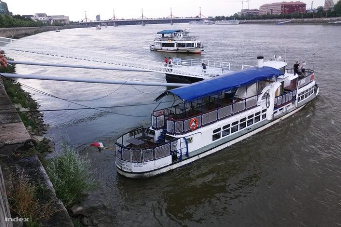 Hatalmas hajóbaleset Budapesten a Parlament mellett: eddig 7 halott 5