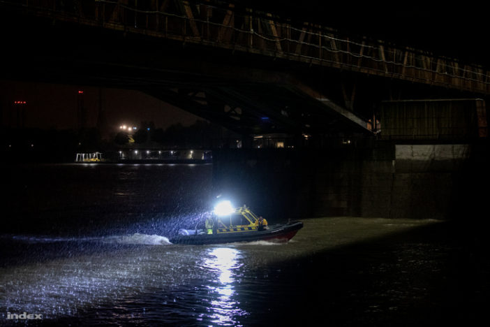 Hatalmas hajóbaleset Budapesten a Parlament mellett: eddig 7 halott 4