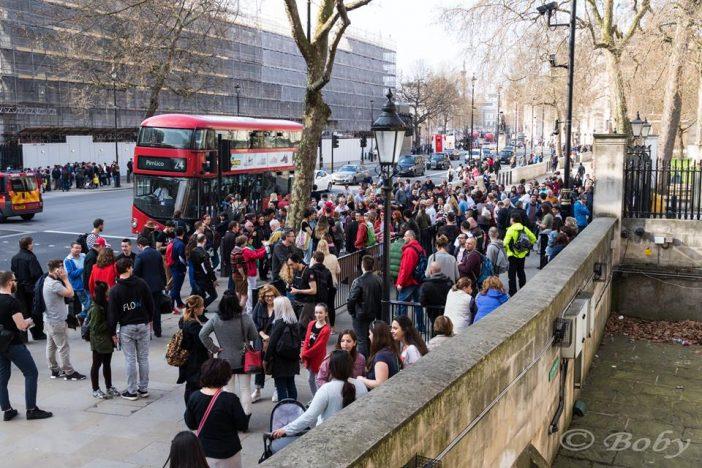 Ilyen volt a Londoni magyar tüntetés képekben: az angliai magyarság is utcára vonult 2