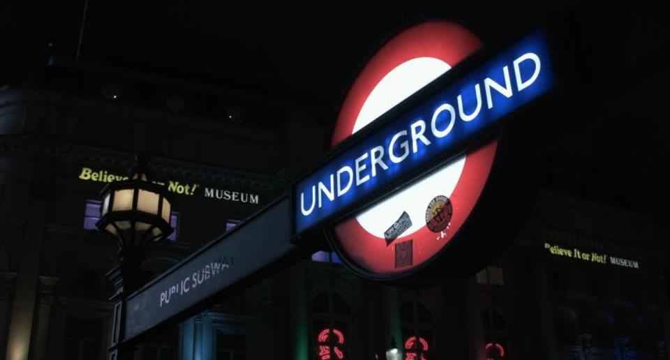 844524691-london-underground-city-of-london-subway-station-public-transport