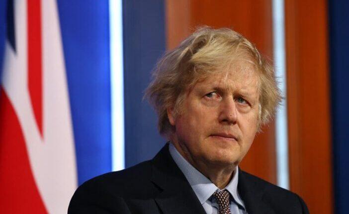 Négy nagy bejelentés jön Boris Johnsontól hétfőn a korlátozások és a járvány kapcsán 1