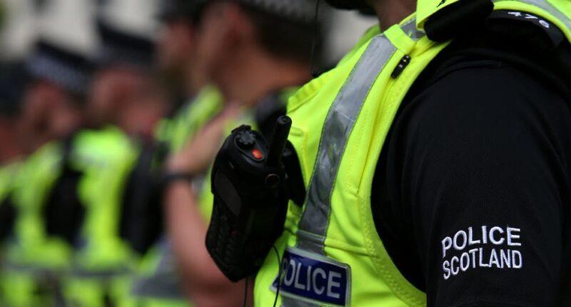 4 fiatal srácot és egy lányt késeltek meg egy londoni metróállomás mellett 10