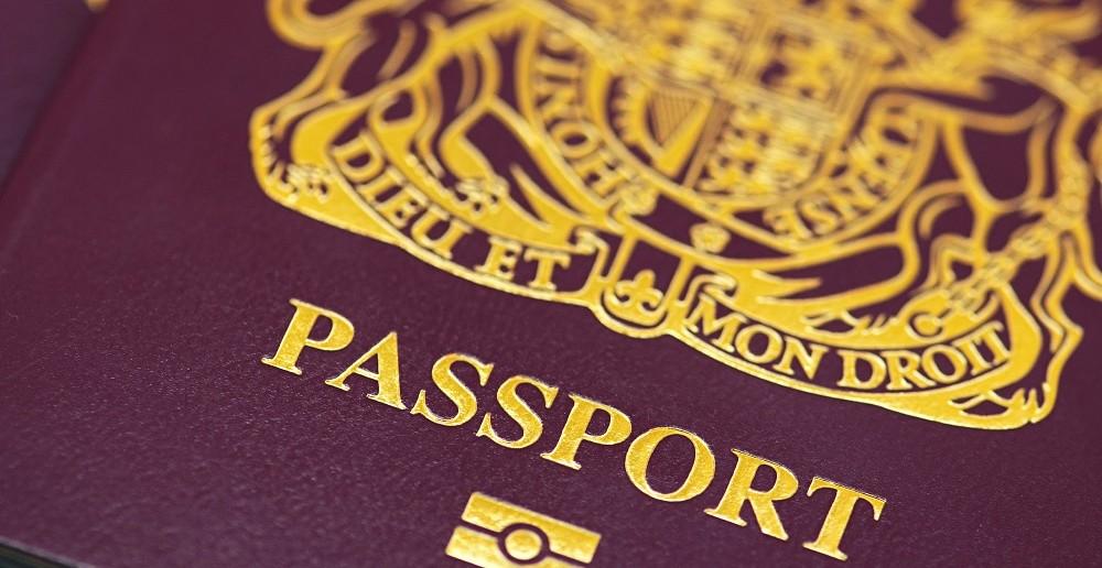 British-passport-014