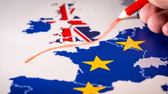 A brit kormány beismerte, hogy a jelenlegi bevándorlási rendszer sok EUs polgárt hátrányos helyzetbe hoz 3