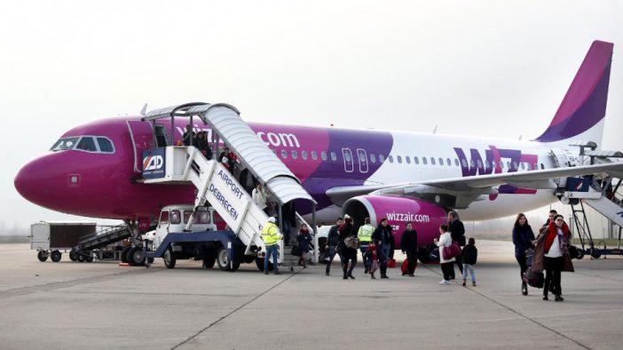 Terhes magyar anyukát akartak leszállítani a WizzAir Debrecen-London járatáról 1
