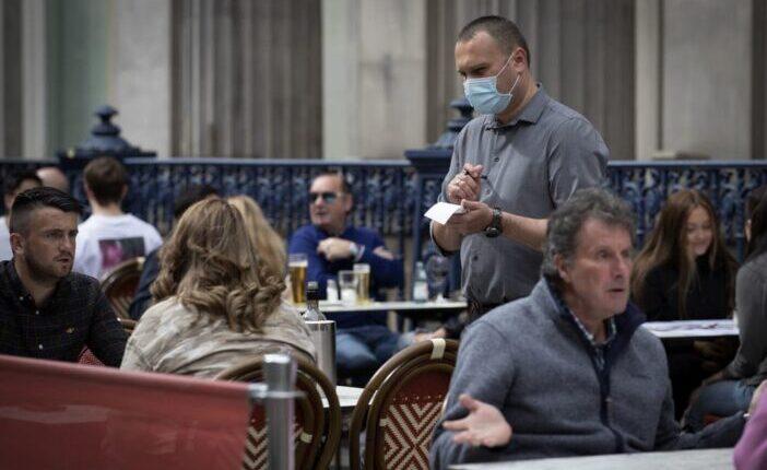 EUs munkavállalók ezrei hagyták el a vendéglátóipari munkákat Nagy-Britanniában 1