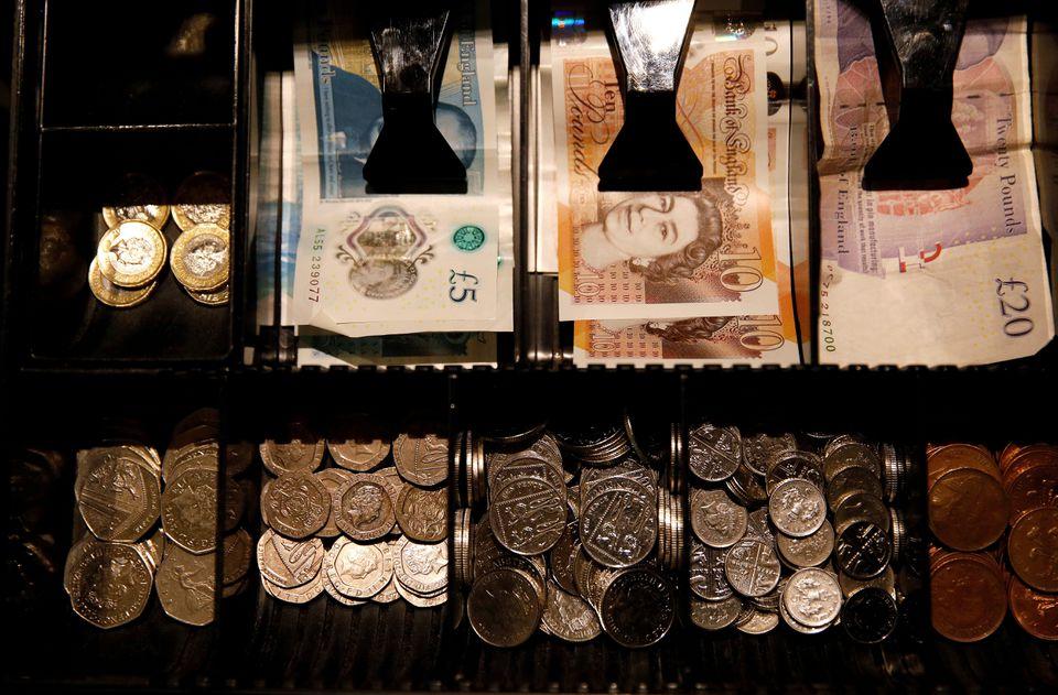 Szuper hír: még annál is többel emelkedik a minimálbér Nagy-Britanniában, mint amennyit előzőleg mondtak 7