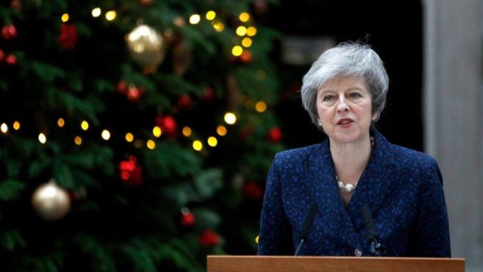 """Hatalmas hír: Összegyűlt elég """"szavazat"""", Theresa May ellen: ma megpróbálják leváltani a brit miniszterelnököt 1"""
