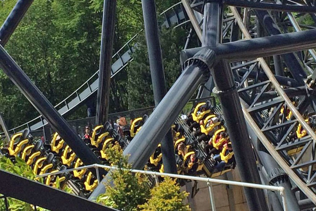 PAY-The-smiler-crash-at-Alton-Towers