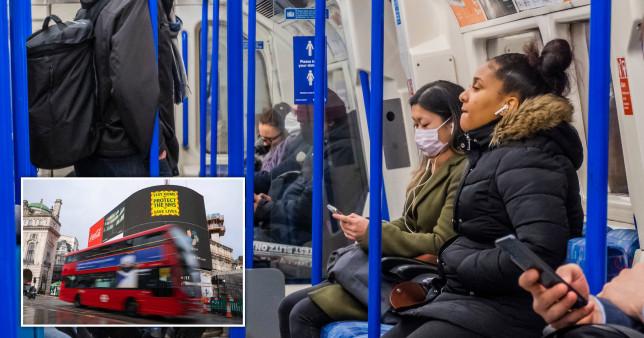 Emberek ezrei csak azért sem viselik a maszkot Londonban a tömegközlekedésen 1