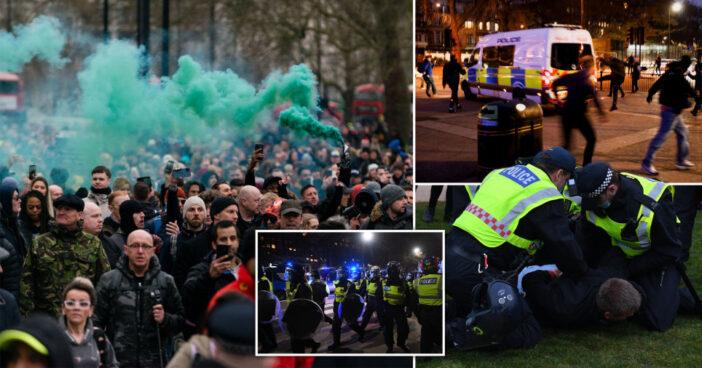 Eldurvult a lockdown ellenes tüntetés Londonban: összecsaptak a rendőrök a tüntetőkkel 3