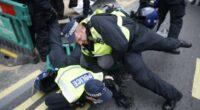 A rendőrökre is rátámadtak a lockdown ellen tüntetők Londonban 2