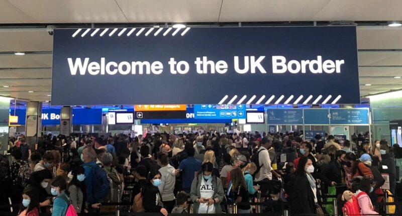 """Megszűnik a """"zöld lista"""": Így változnak a nemzetközi utazás szabályai Nagy-Britanniában 1"""