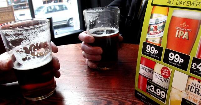 Csak 99p lesz a sör korsója Nagy-Britannia több, mint 600 különböző pubjában 2