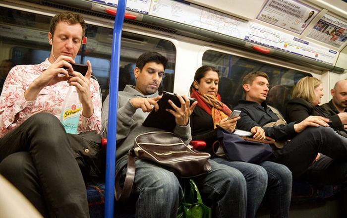 Passengers-using-mobile-t-002