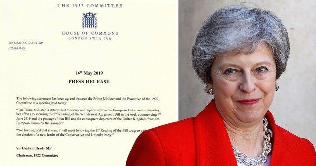 Theresa May könnyes szemmel vette tudomásul, hogy mennie kell: lemondatják a miniszterelnököt 2