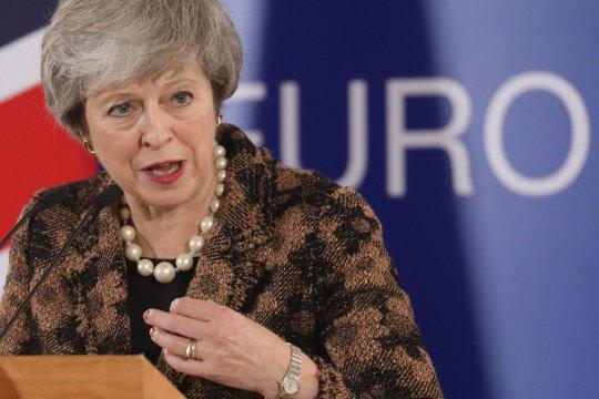 Hajmeresztő tervvel akarja a brit kormány lecsökkenteni az EU bevándorlók számát a Brexit után 1
