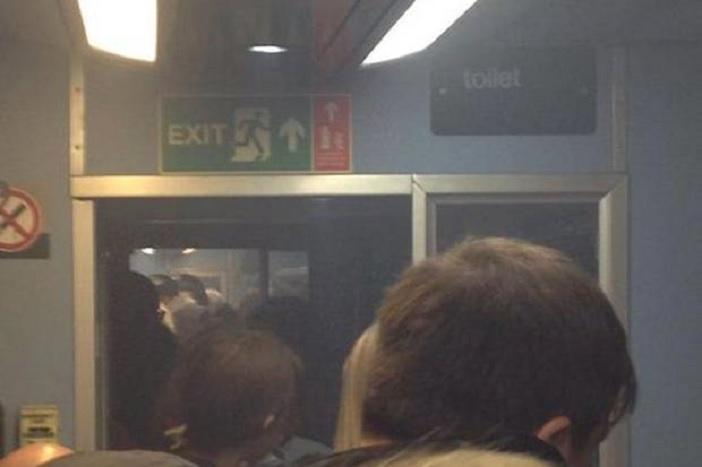 london vonat füst hunglia
