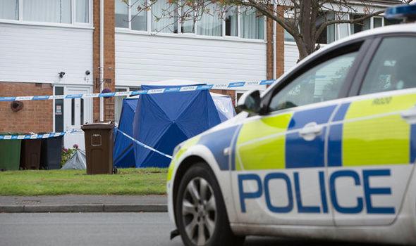 Egy anyát és lányát késelte halálra egy férfi Angliában: szabályos hajtóvadászat indult ellene 2