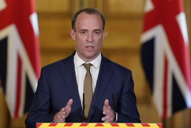 A brit kormány elhintette, hogy mikor tervezik elkezdeni feloldani a korlátozásokat 1