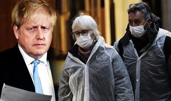 A Koronavírusos halálesetek, és fertőzöttek számának alakulása napról napra az Egyesült Királyságban 1