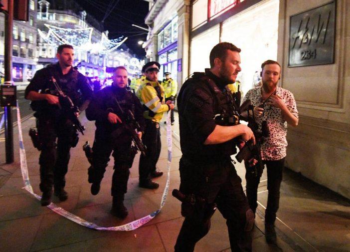 Kiderült, mi okozhatta a tömeges pánikot tegnap London belvárosában 2