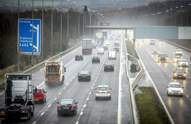 Horrorbaleset Angliában, miután valaki szembe ment a forgalommal az autópályán 2