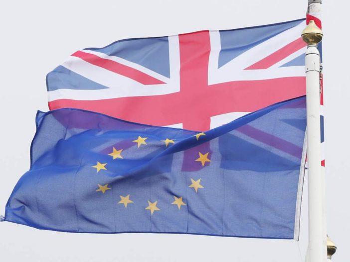 Még többen hagyják el az EUs állampolgárok Nagy-Britanniát (hivatalos statisztikai adatok) 2