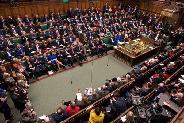 Több mint 200 parlamenti képviselő követeli, hogy ha nincs megállapodás, ne legyen Brexit sem 1