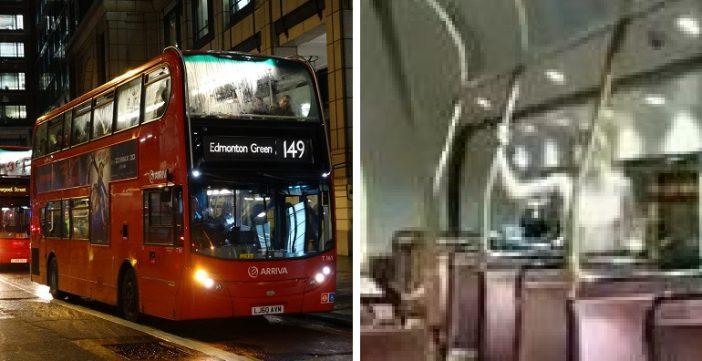 Egy londoni buszon az utasok szeme láttára szeretkezett egy pár, amit videóra is vettek 2