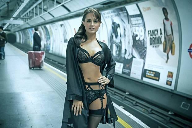 divatbemutató london hunglia 3