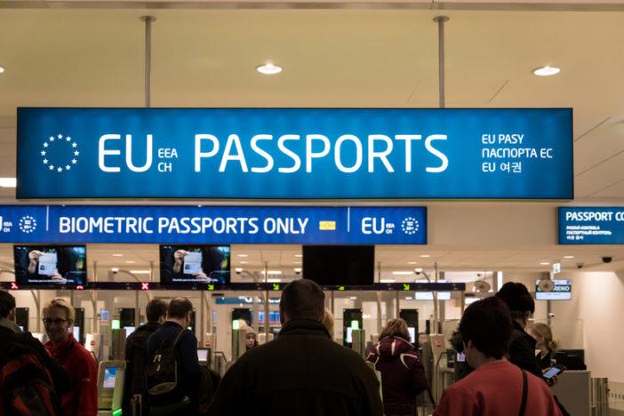 Szuper hír az angliai magyaroknak: ingyenessé teszik a tartózkodási engedély megszerzését az EU polgároknak 1