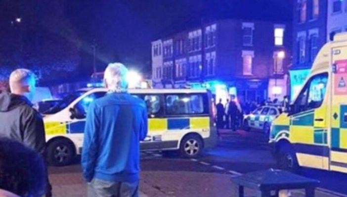 Utcai lövöldözés tört ki Észak-Londonban, egy idős nőt pedig leszúrtak a város déli felén 1