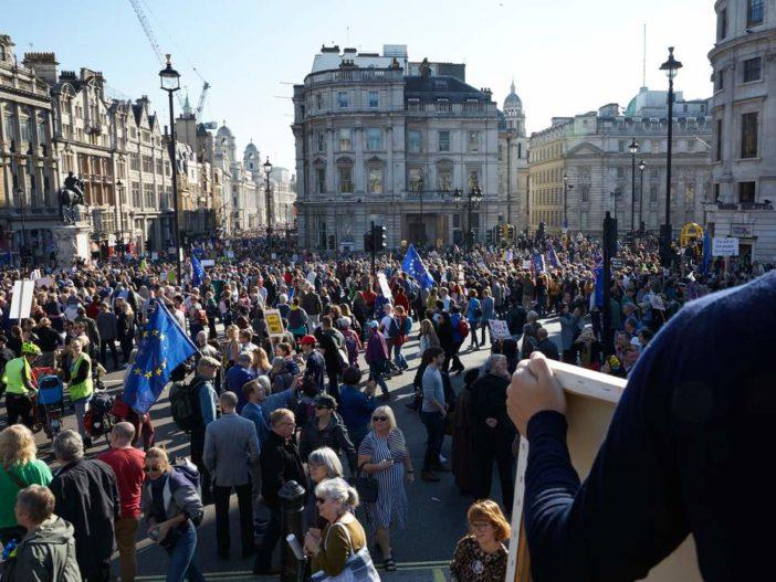 Óriási Brexit ellenes tüntetés lesz pár nap múlva Londonban 1