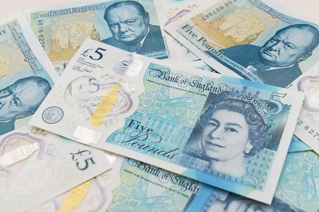 Egy £5-os maradt, ami £50,000-ot ér, és bárki zsebében ott lapulhat 1