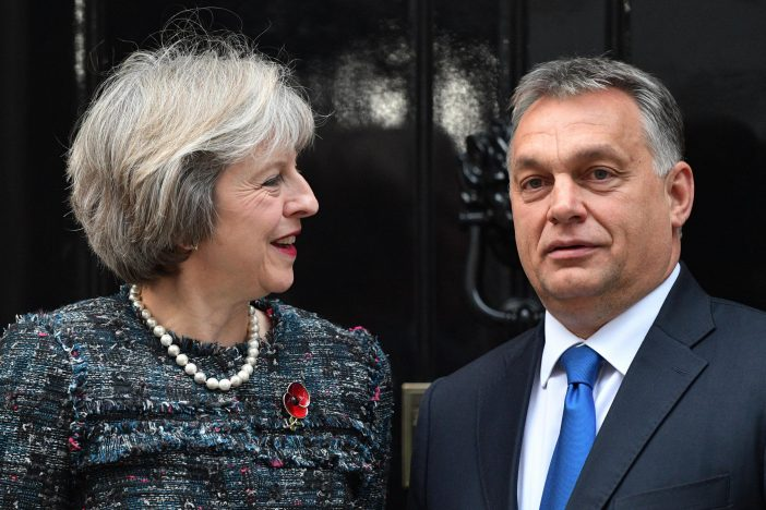 Theresa May Orban Viktor