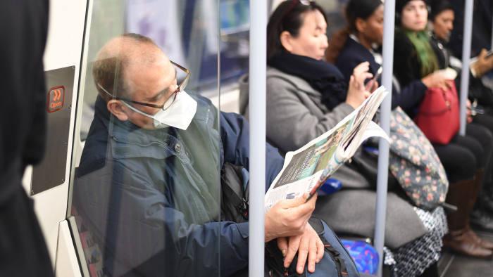 Az eddigi legnagyobb ugrás 1 nap alatt a fertőzöttek számában Nagy-Britanniában 1