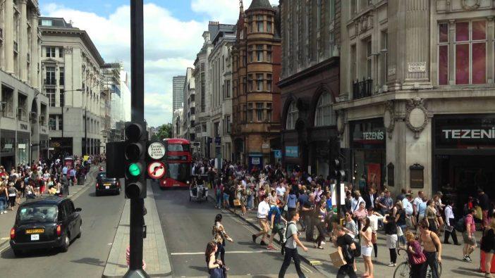 Nagyszabású utcai műsorral lépnek fel holnap az angliai magyarok London belvárosában 1