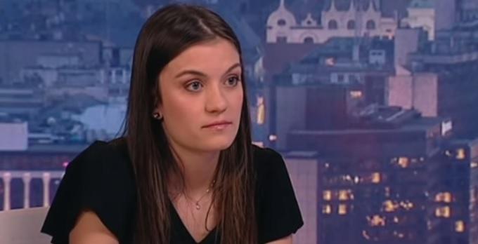 Életveszélyesen megfenyegették a Nagy-Britanniába költözést fontolgató lányt, akinek az üzenetét tízezrek osztották meg 1