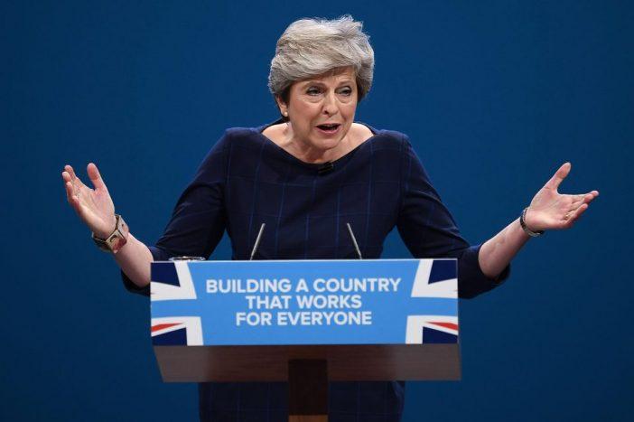 Theresa May ellen saját párttagjai készek szövetkezni az ellenzékkel a brexit tárgyalások kapcsán 1