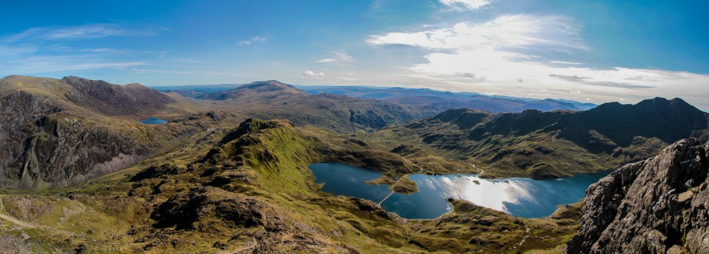 panoramic_view_of_snowdonia_by_geater-d5fsaxq