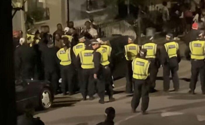 £10,000-os (4 millió Ft-os) büntetést kaptak házibuli rendezése miatt a lockdown alatt 1