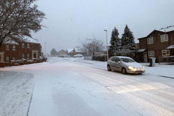 Nagy havazás, néhol 20cm hó lesz Nagy-Britanniában: több város már fehérbe öltözött 2