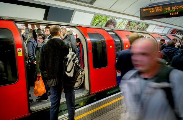 A hajánál fogva rángattak és szégyenítettek meg egy EUs állampolgár nőt a londoni metrón 2