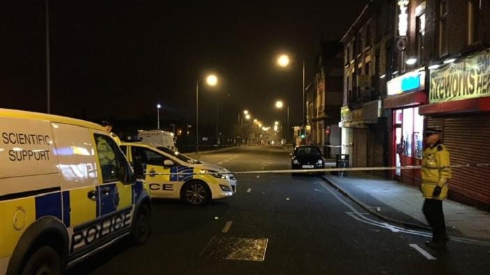 lelőttek egy férfit liverpoolban